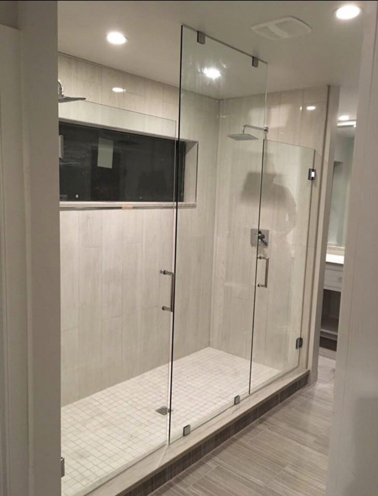 frameless shower doors img 2149 - Shower Doors of Nashville