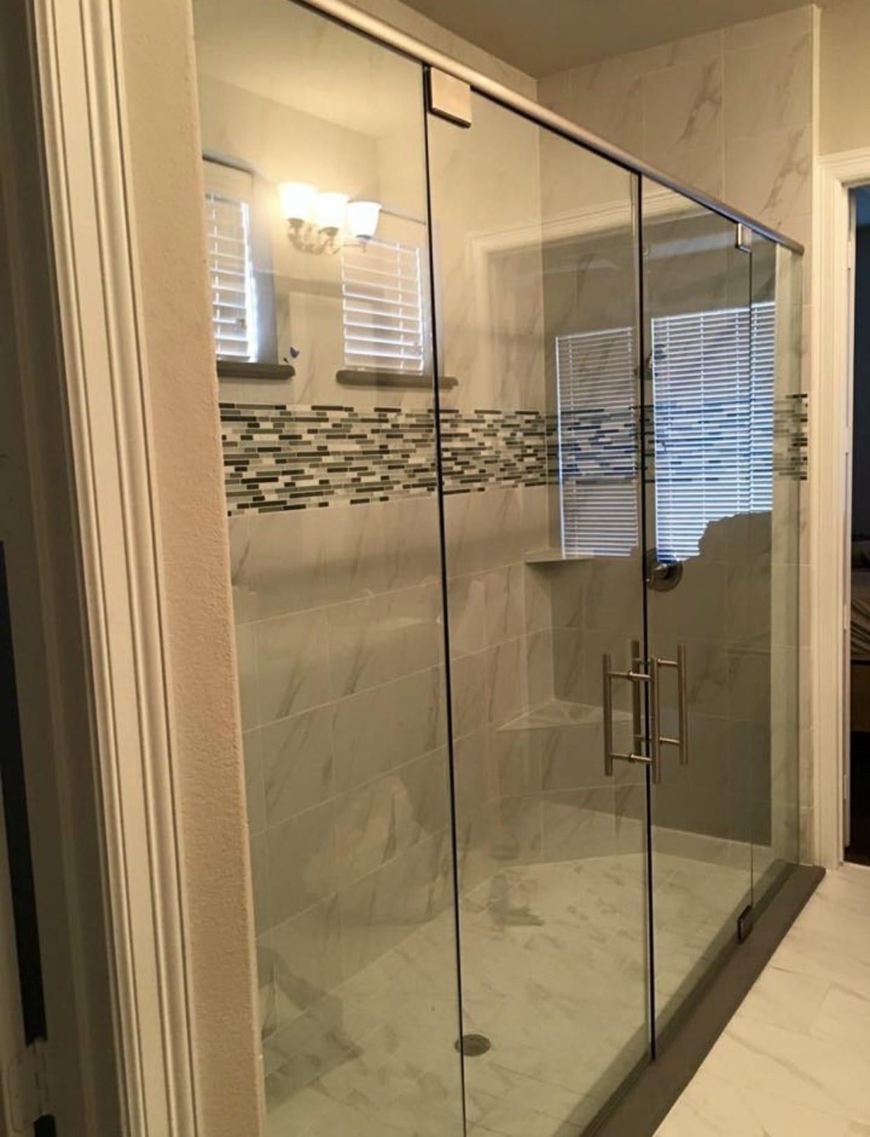 frameless shower doors img 2157 - Shower Doors of Nashville